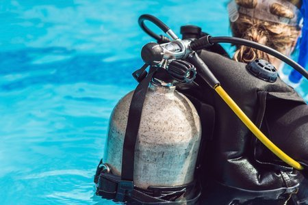 Reusing old scuba divng tanks